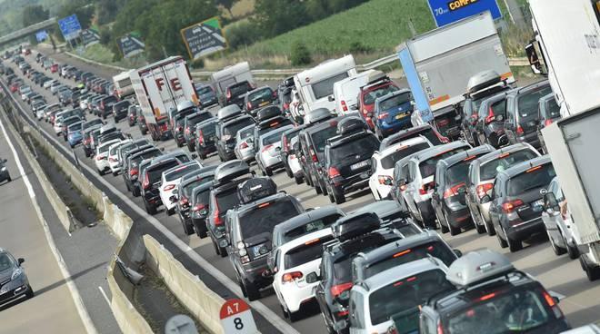 traffico coda code autostrada esodo