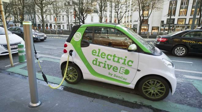 auto elettrica generica