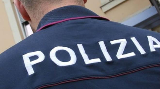 polizia poliziotto agente