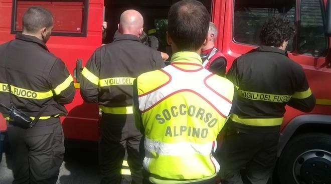 vigili del fuoco soccorso alpino