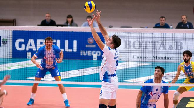 pistolesi mondovì volley