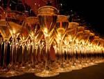 vino bianco bicchieri