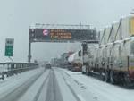 a6 nevicata divieto camion