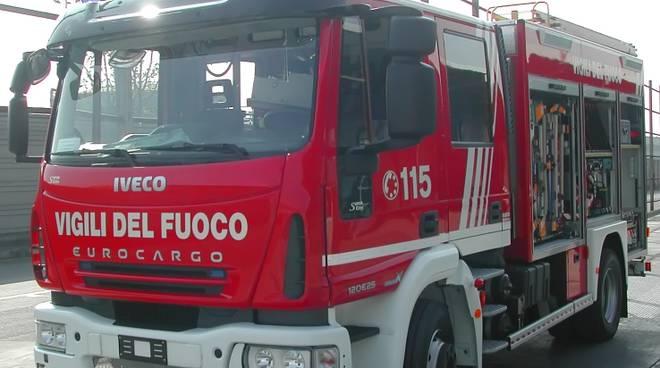 vigili-ambulanza-carabinieri-polizia-8571