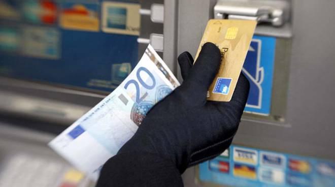 carta credito furto rubata