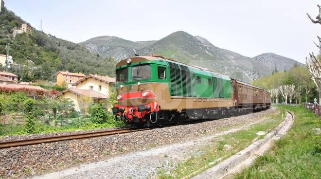 treno storico diesel