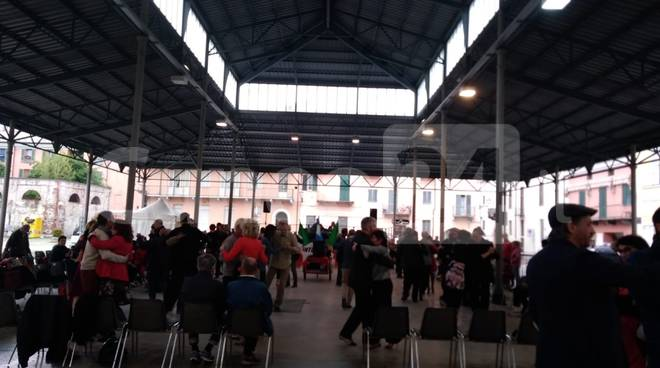 tango per la liberazione 2019 piaza virginio cuneo