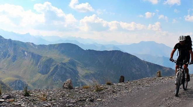 via del sale montagna bicicletta