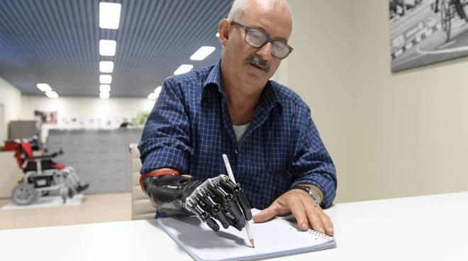 Guido Basso mano bionica