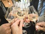 Fiera Tartufo Alba piazza vino brindisi