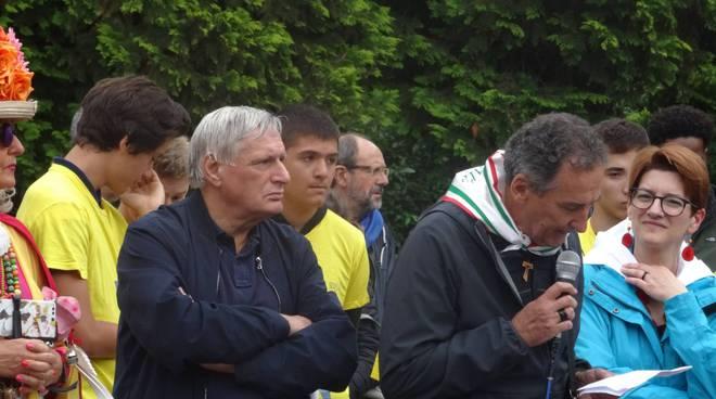 don-luigi-ciotti-alla-marcia-della-pace-cuneo-16258