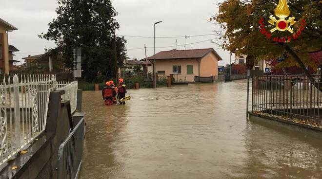 foto-carde-emergenza-acqua-18590