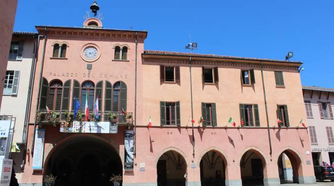 palazzo comunale alba municipio comune