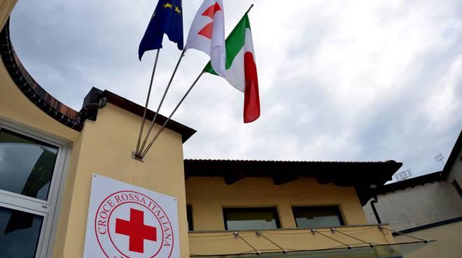 Nuovo servizio di Cri Busca: consegna medicinali a domicilio per aiutare persone in difficoltà