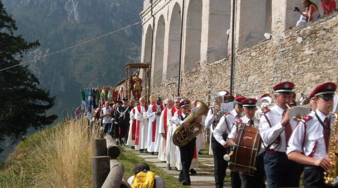 castelmagno processione san magno