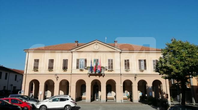 peveragno piazza toselli municipio