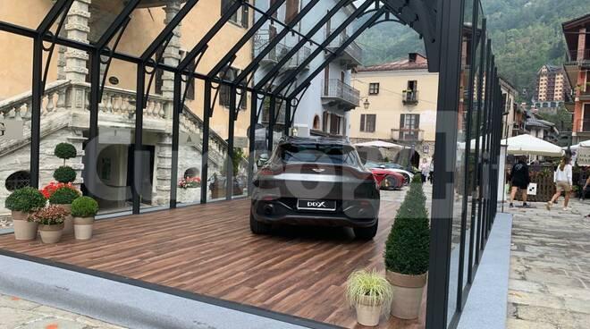 Suv Aston Martin Limone Piemonte