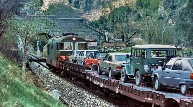 Treno navetta 1987 Tenda