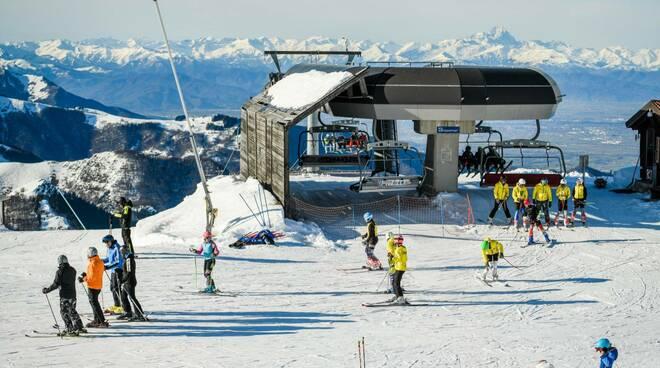 Impianti Prato Nevoso sci sciatori