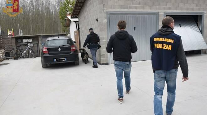 operazione arresto squadra mobile cuneo