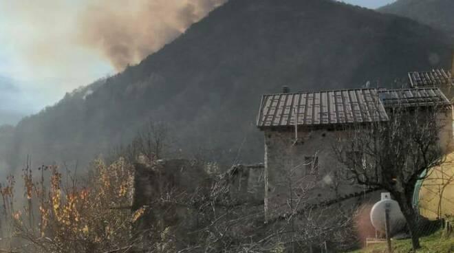 Incendio Roccaforte Mondovì