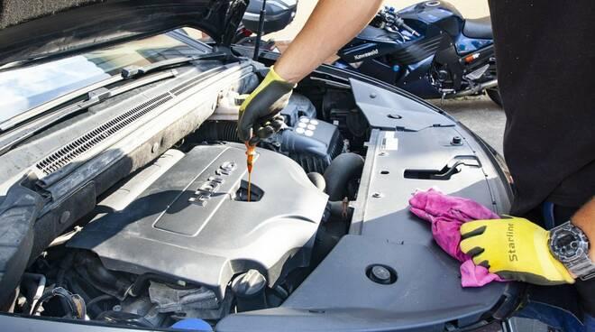 meccanico auto revisione