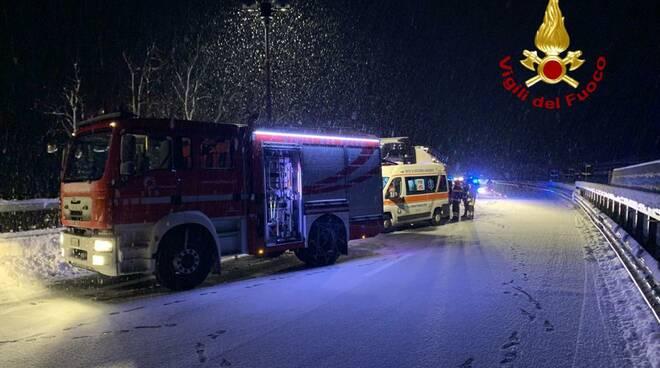 torino savona nevicata morto camion