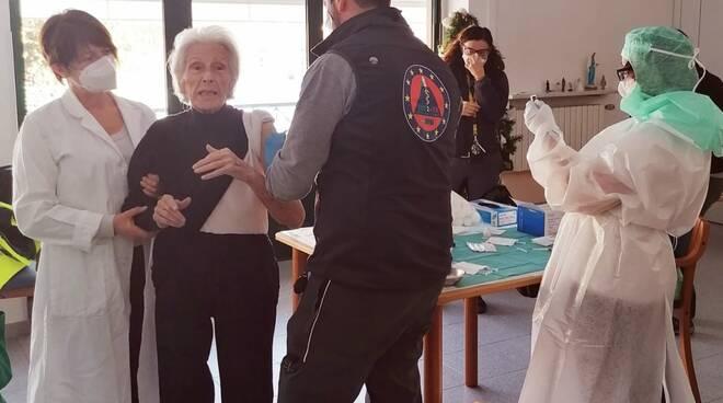 vaccini al sacra famiglia Mondovì