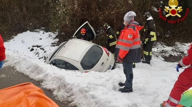 incidente auto fuori strada pocapaglia