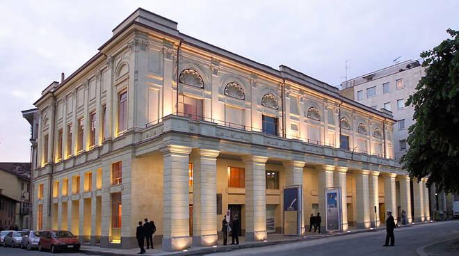 Teatro Politeama foto  gerbaldo