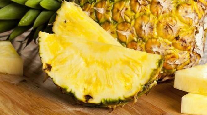 ananas bromelina