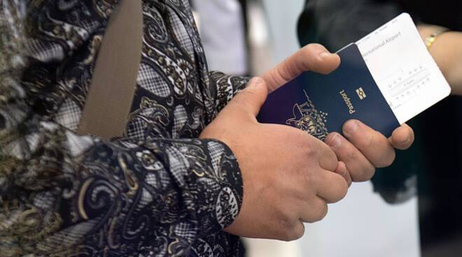 passaporto imbarco viaggio pixabay