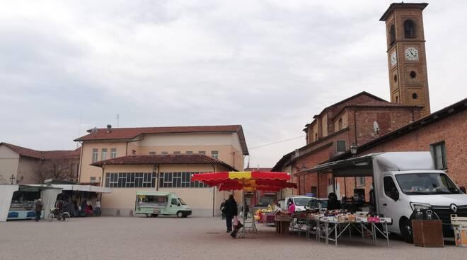 piazza mercato Torre San Giorgio