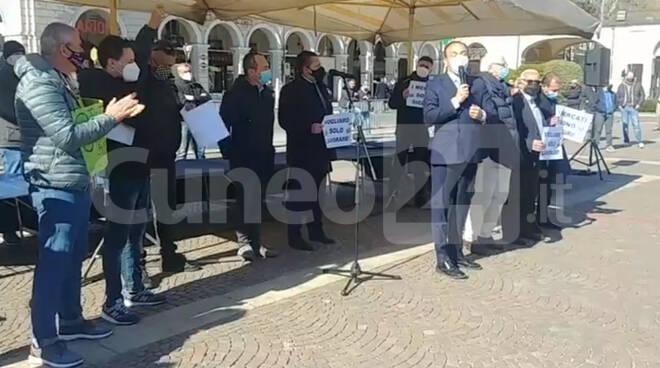 Cirio manifestazione ambulanti Cuneo