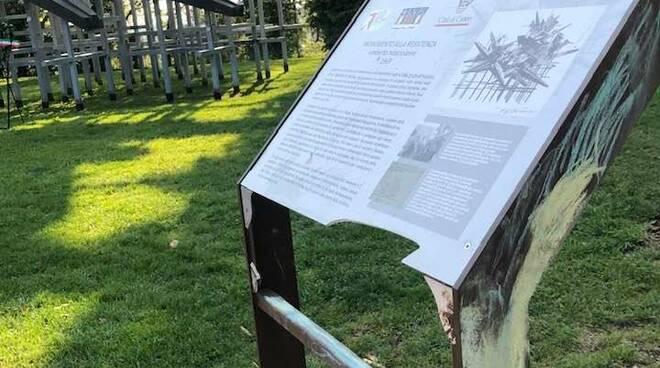 monumento resistenza cuneo targa danneggiata