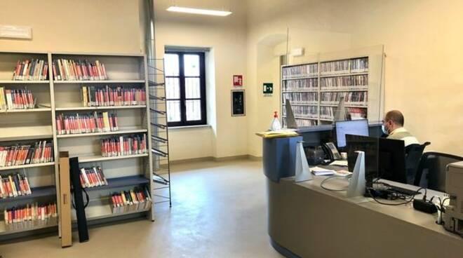 biblioteca Rolfi
