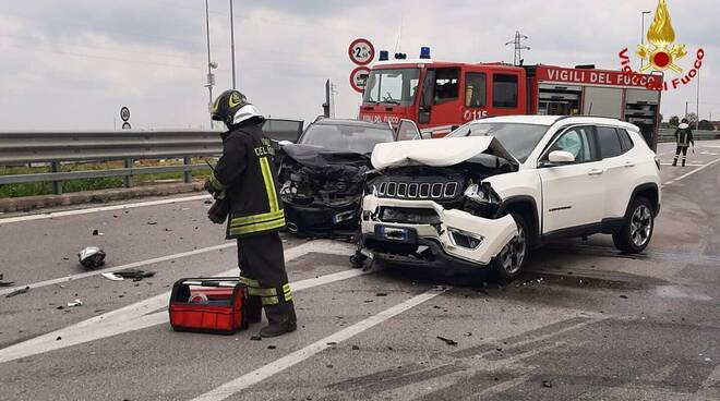 incidente stradale ss231
