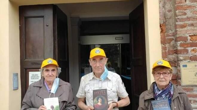 lions club scarnafigi bandiere e nuovi libri