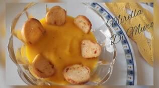 vellutata di carote in cucina con Mirella