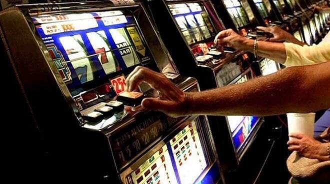 gioco d'azzardo slot machine