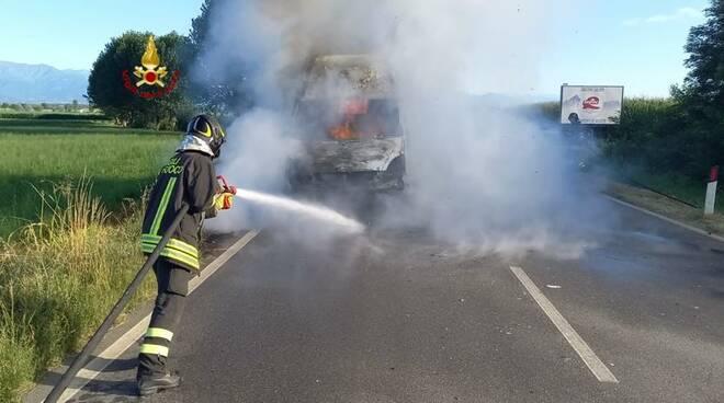 furgone incendio Saluzzo