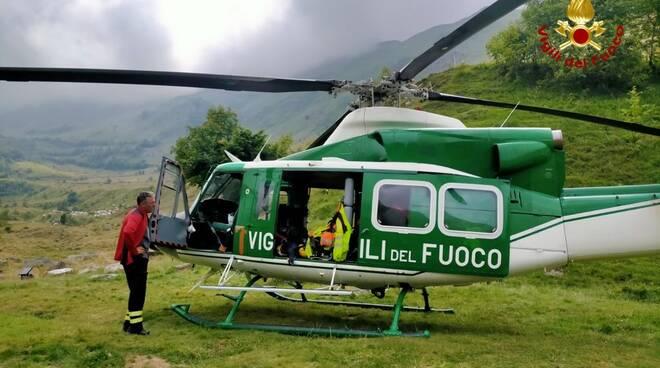 oncino elicottero vigili del fuoco