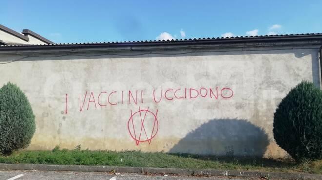Busca cimitero no vax