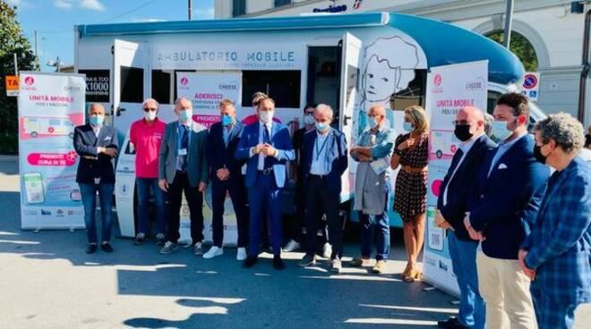 unità mobile vaccinale regione piemonte a Bra per Cheese