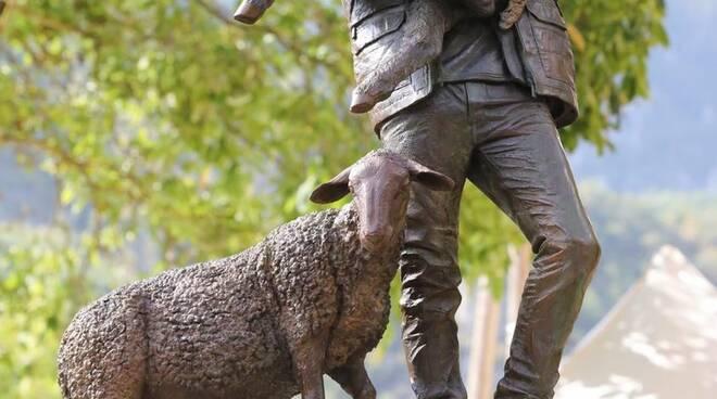 Statua pastore Tenda