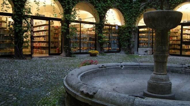 cortile biblioteca civica cuneo